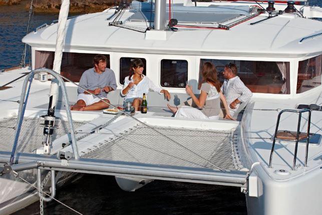 CheckSailing Premium Plus Yacht - Ansicht